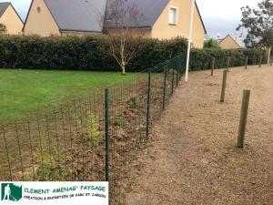 Après: mise en place d'une clôture simple torsion